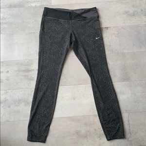 Nike Dri-Fit Grey/Black Patterned Leggings Size L